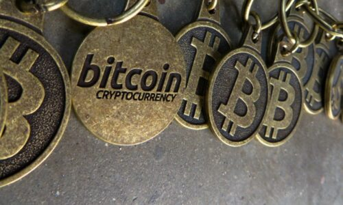 5 False Facts about Bitcoin